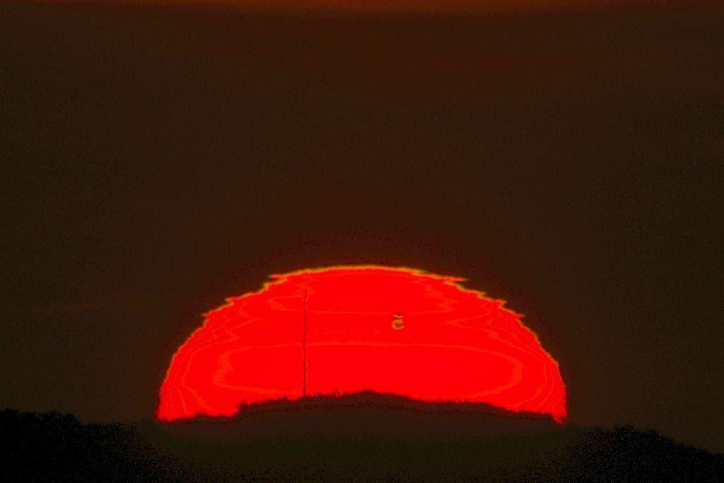 Dreifache Venussilhouette bei Sonnenaufgang
