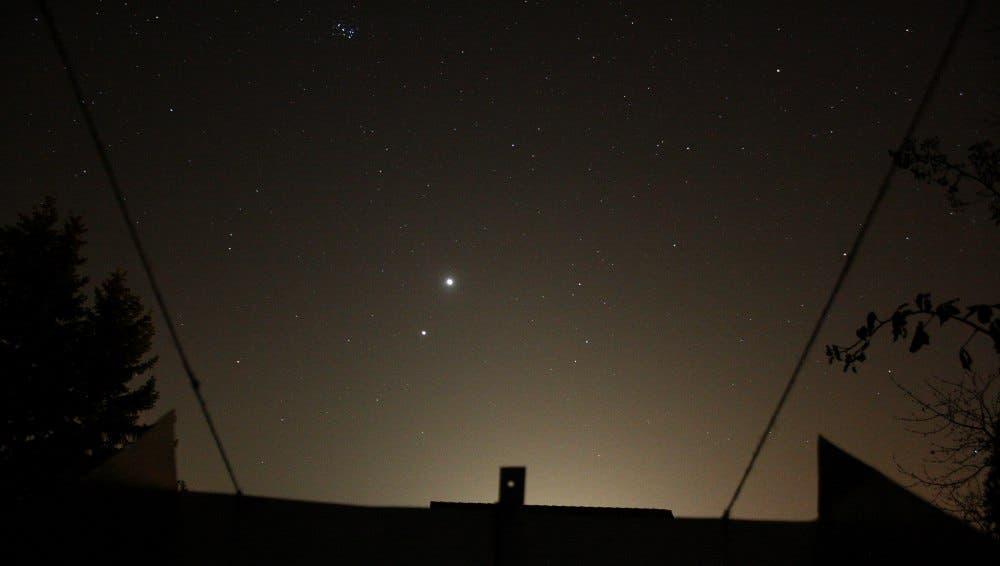 Venus und Jupiter