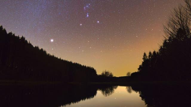 Sternspiegelung
