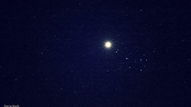 Venus und Plejaden