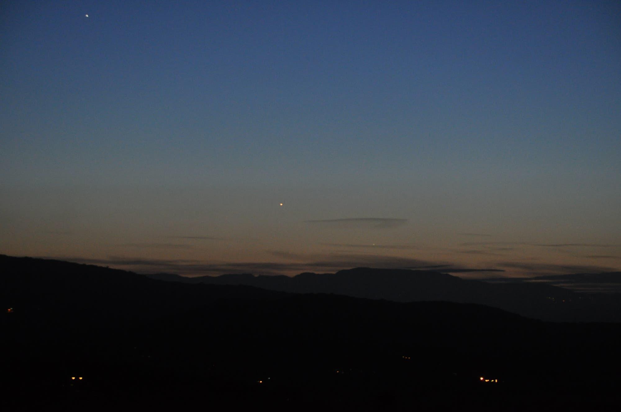 Jupiter, Venus und Merkus in der Abenddämmerung