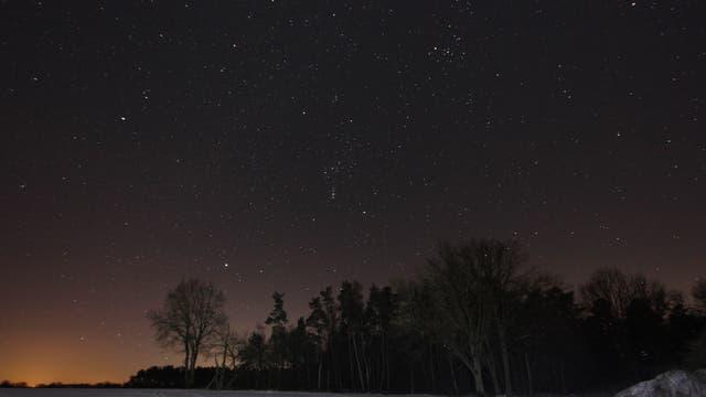 Wintersternbilder über einer Winterlandschaft bei Uelzen