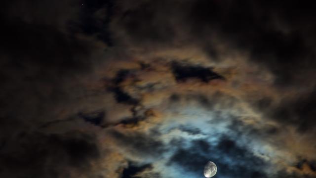 Mond und Saturn