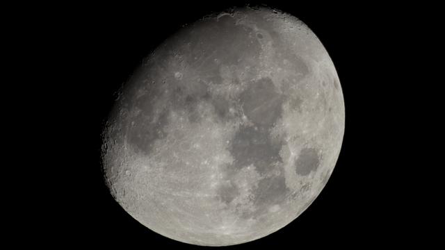 Mond in großer Libration in Länge