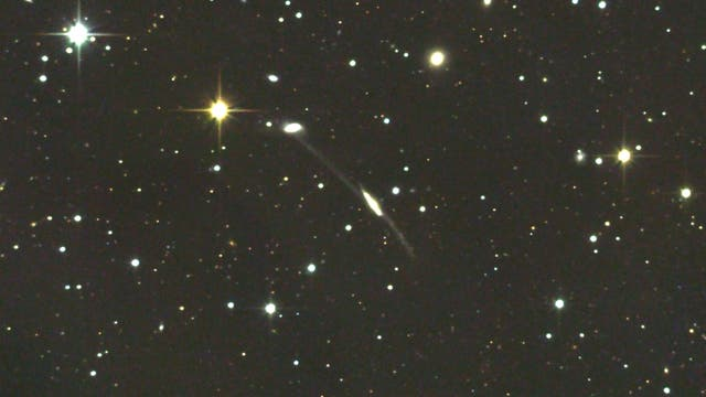Arp 295 - wechselwirkende Galaxien im Sternbild Wassermann  (1)man