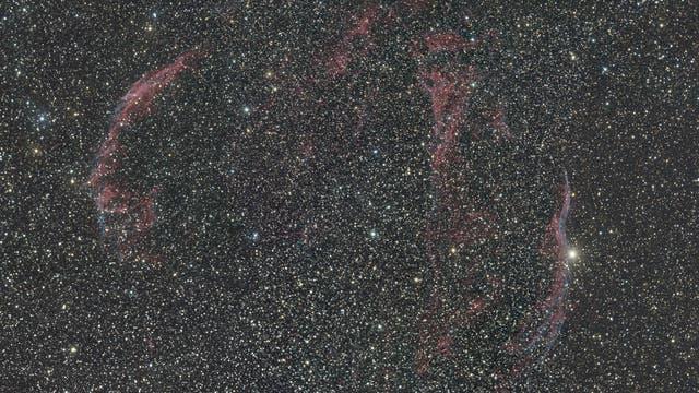 Mosaik des Zirrusnebels im Sternbild Schwan