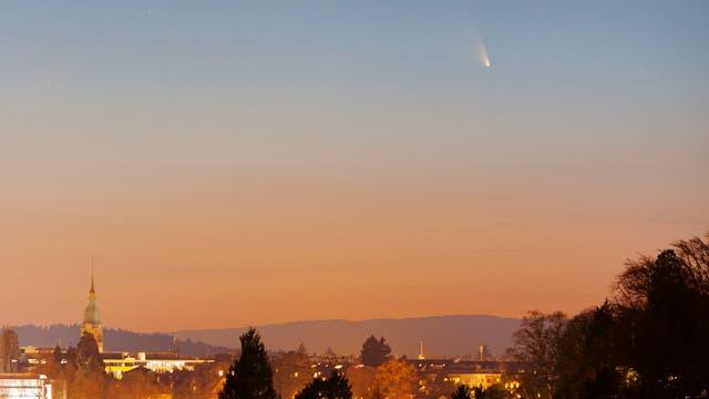 Komet PANSTARRS über Bern