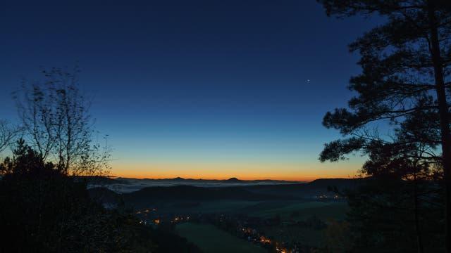 Venus und Merkur in der Morgendämmerung