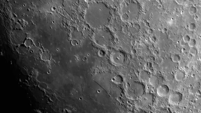 Der Mond am 18. Juli 2021