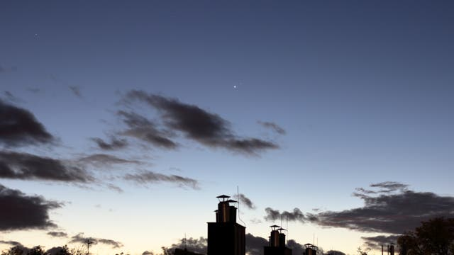 Nahe Konjunktion Venus und Mars