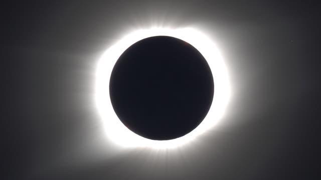 Korona der totalen Sonnenfinsternis