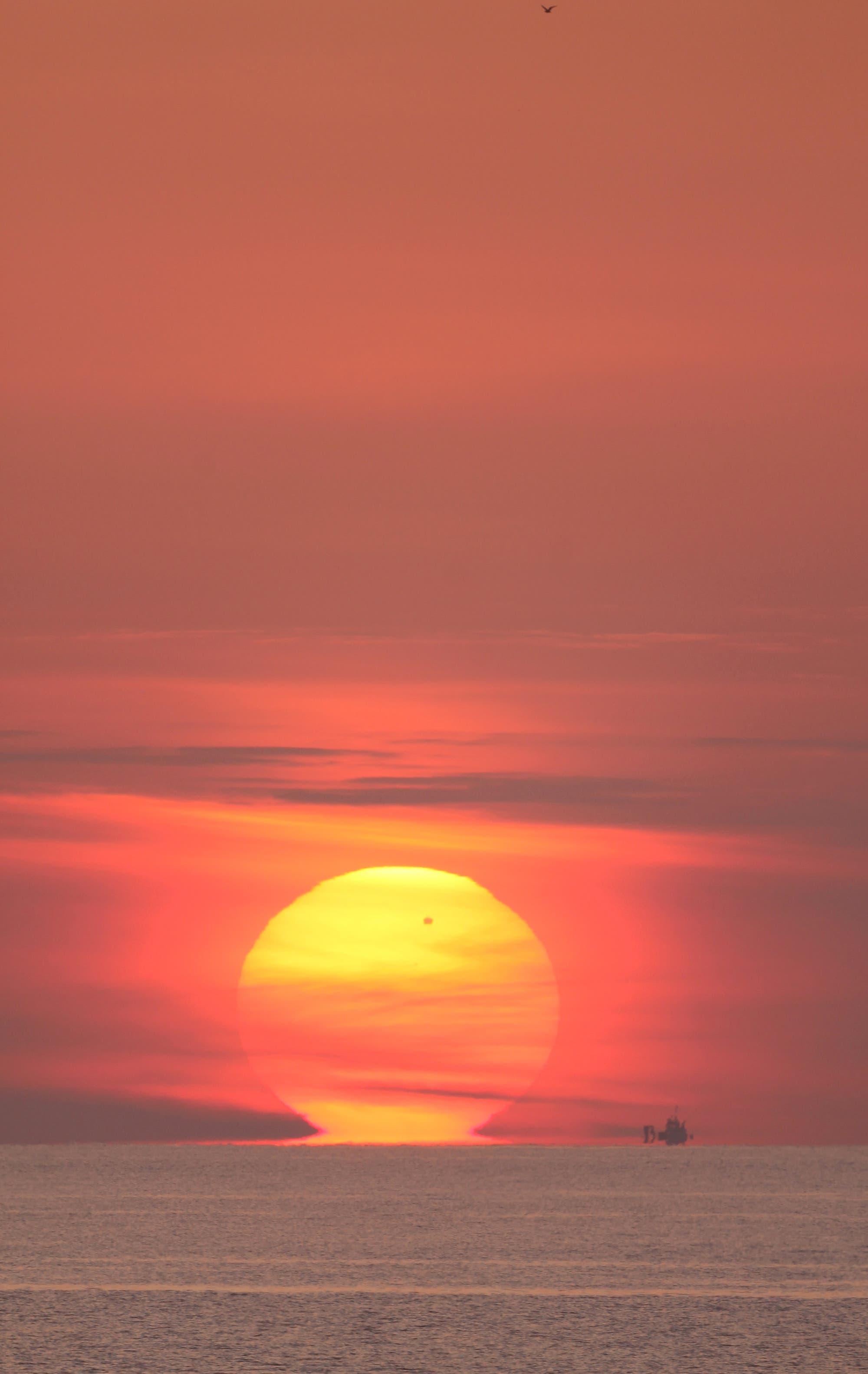 Sonnenaufgang mit Venustransit