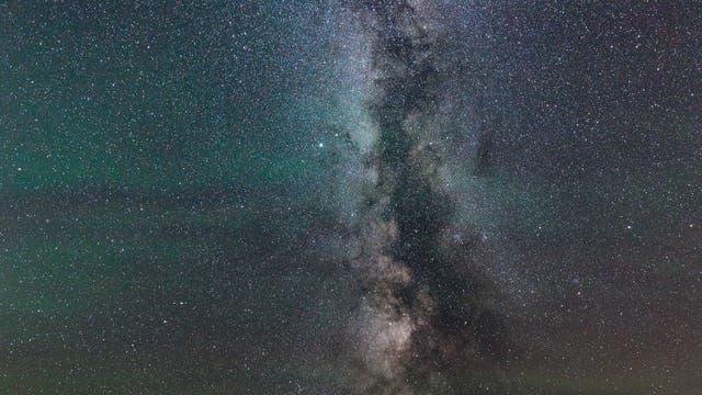 Airglow, Milchstraße und Mars