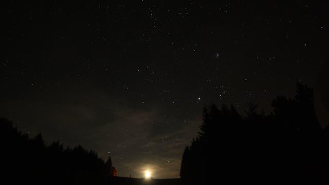 Jupiter und Plejaden bei Mondaufgang