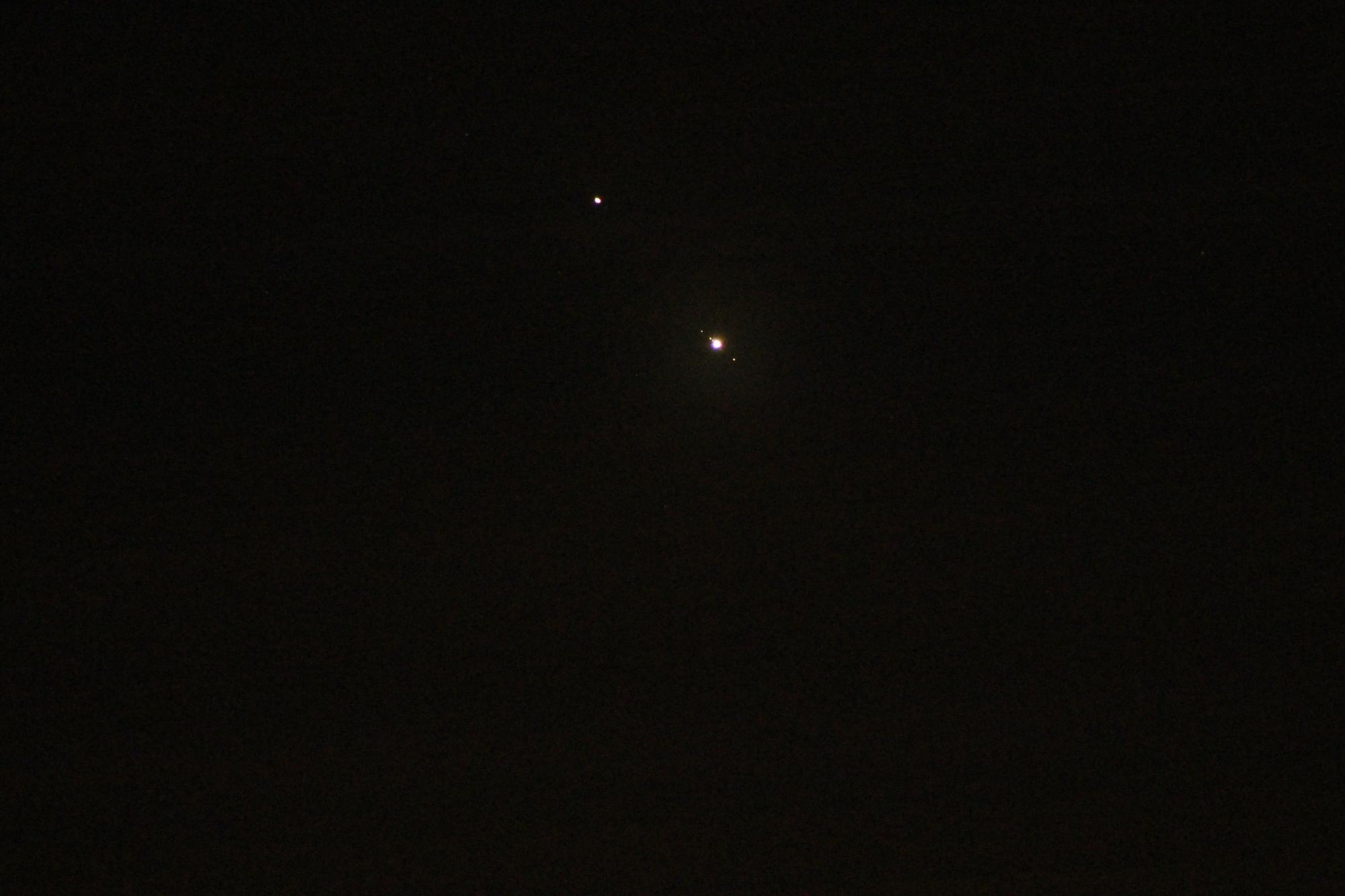 Jupiter und Saturn mit langer Brennweite