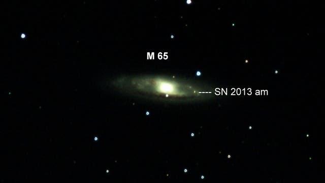 M 65 mit SN 2013am