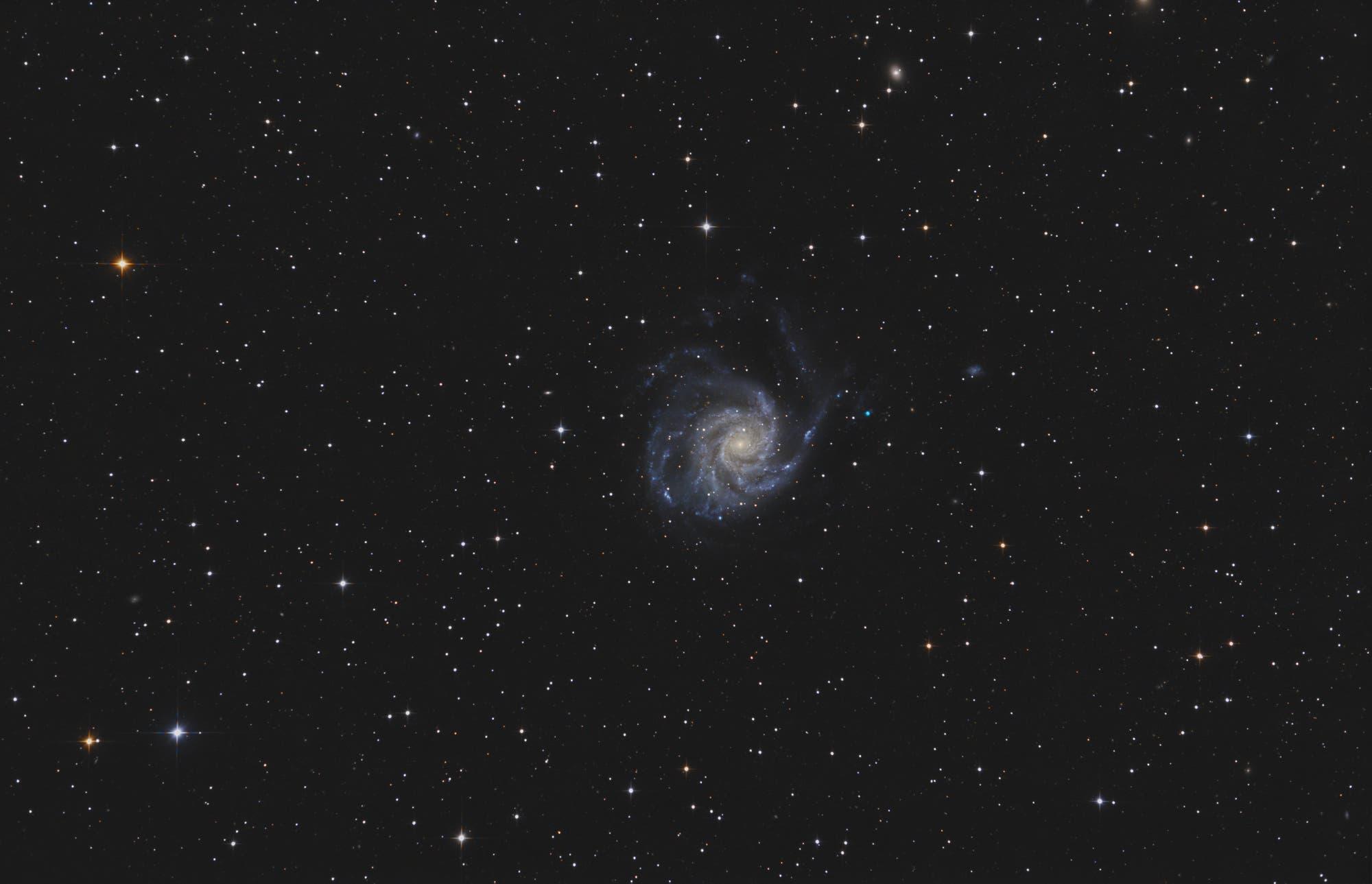 Messier 101, Feuerrad-Galaxie