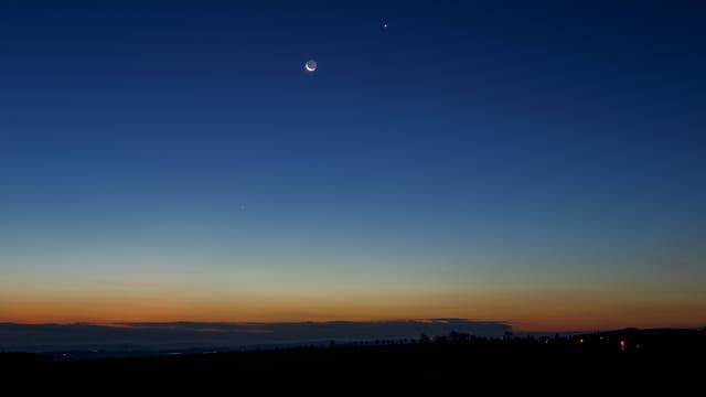 Merkur, Mondsichel, Venus und Spica