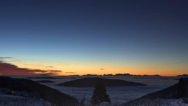 Merkur mit Spica am Morgenhimmel