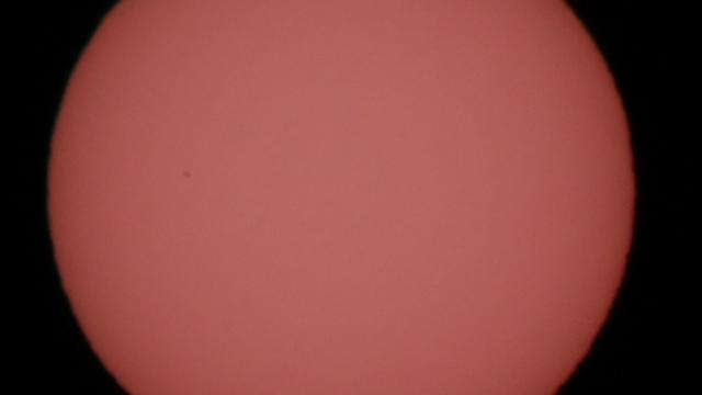 Merkur vor der fleckenlosen Sonne