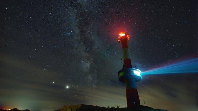 Milchstraße und neuer Leuchtturm auf Wangerooge