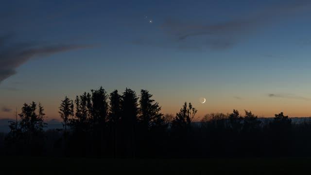 Mond, Jupiter und Saturn