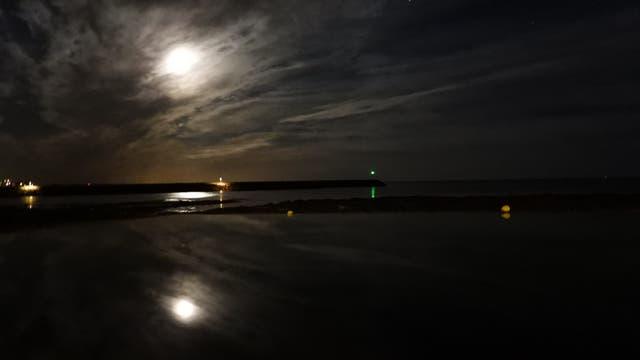 Mond und Planeten Spiegelung