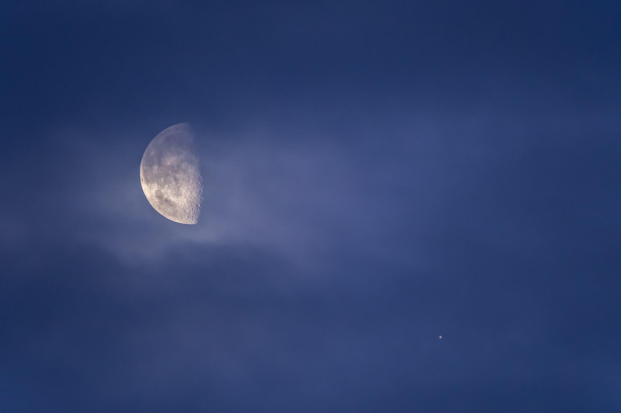 Rendezvous von Mond und Jupiter