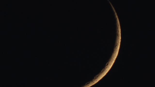 Zunehmende Mondsichel - zwei Tage nach Neumond
