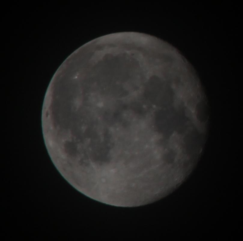 Der Mond zwei Tage nach der Mondfinsternis
