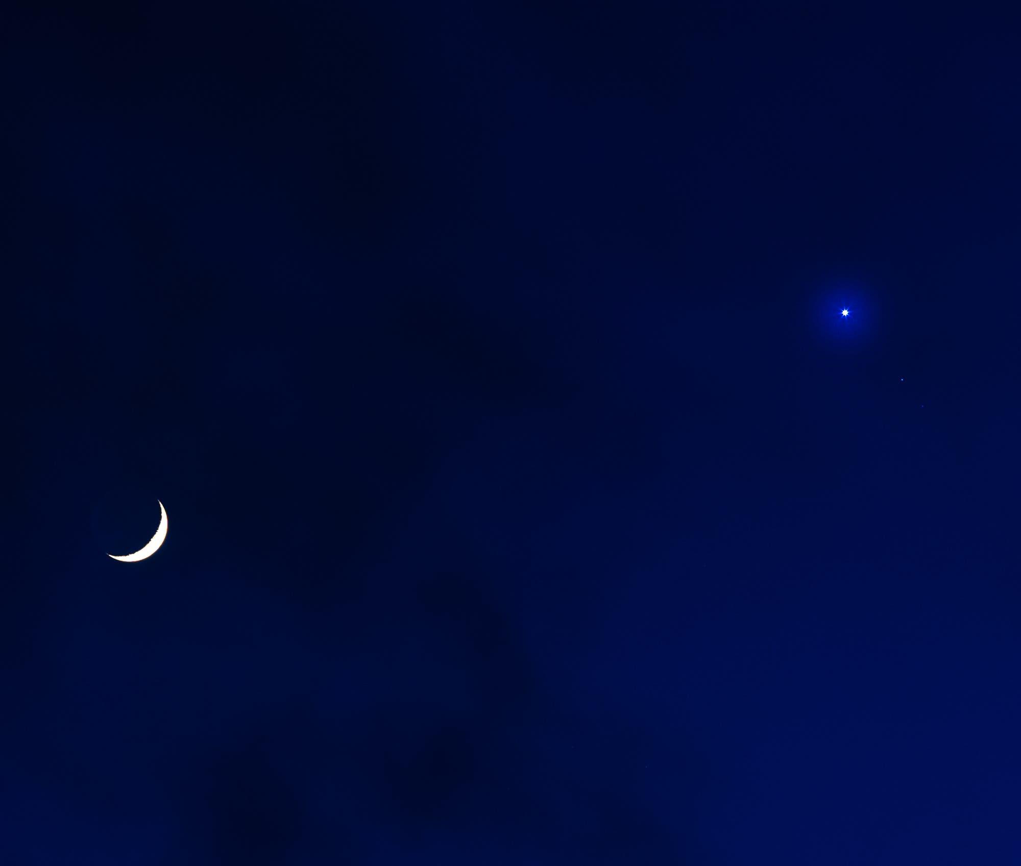 Der Mond besucht Venus