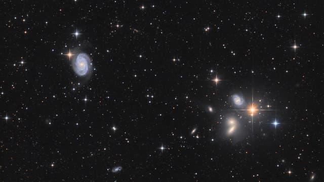 NGC 5371 mit Hickson 68
