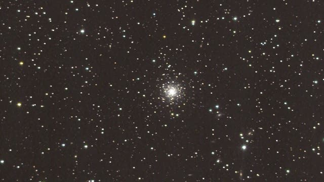 NGC 7006 - Kugelsternhaufen im Sternbild Delfin