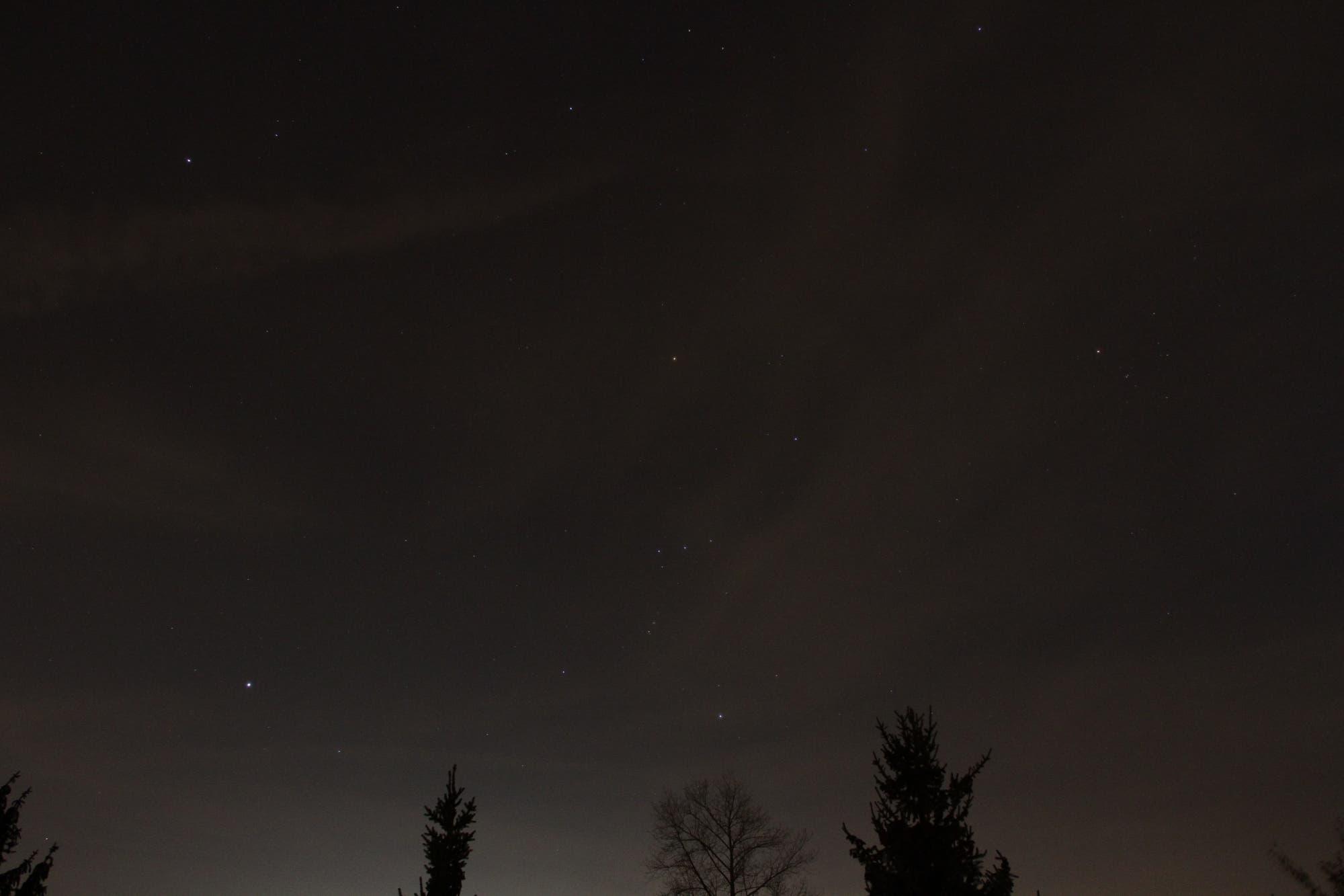 Wintersternbilder Orion, Großer und Kleiner Hund, Stier u.a.