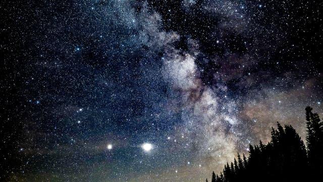 Milchstraße, Jupiter und Saturn