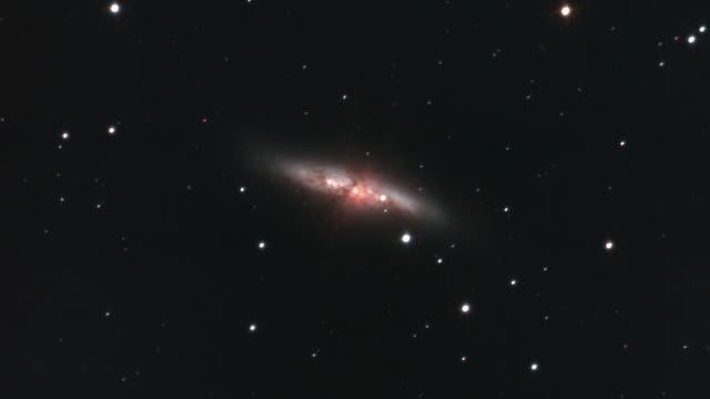 Supernova SN 2014J mit dem DINO