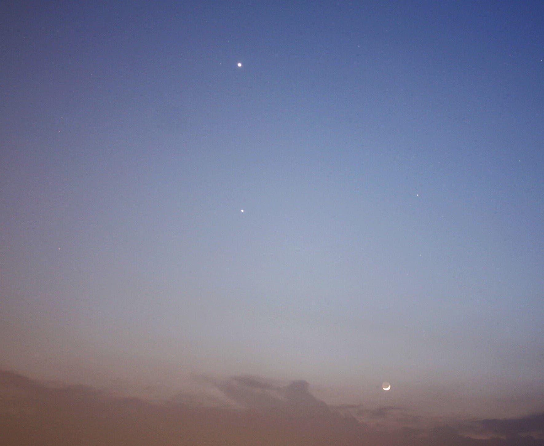 Venus, Jupiter und junger Mond