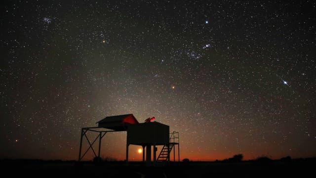 Südwinterhimmel mit Venusaufgangaufgang und Zodiakallicht