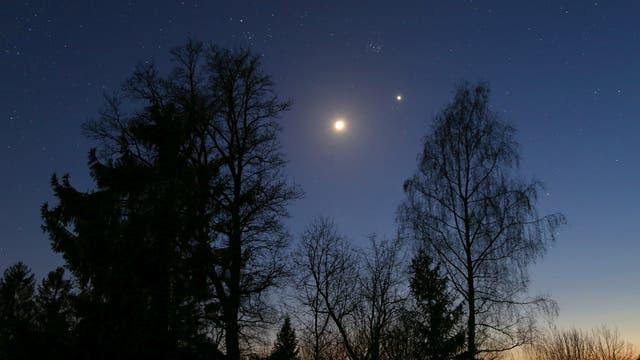 Mond Venus Plejaden