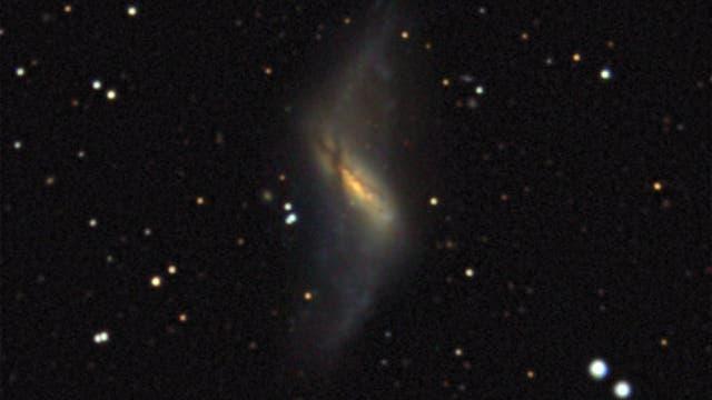 Polarringgalaxie NGC 660