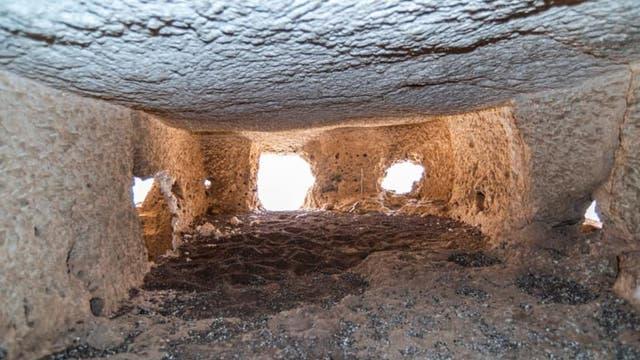 Dienten die neu entdeckten Felskammern in Abydos als Kulträume? Das vermuten jedenfalls Archäologen.