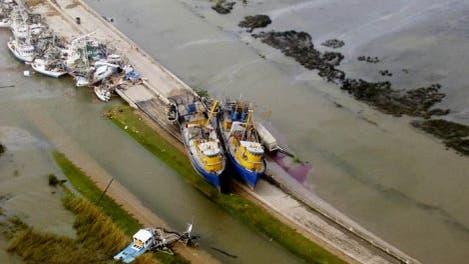 Schiffwracks am Ufer