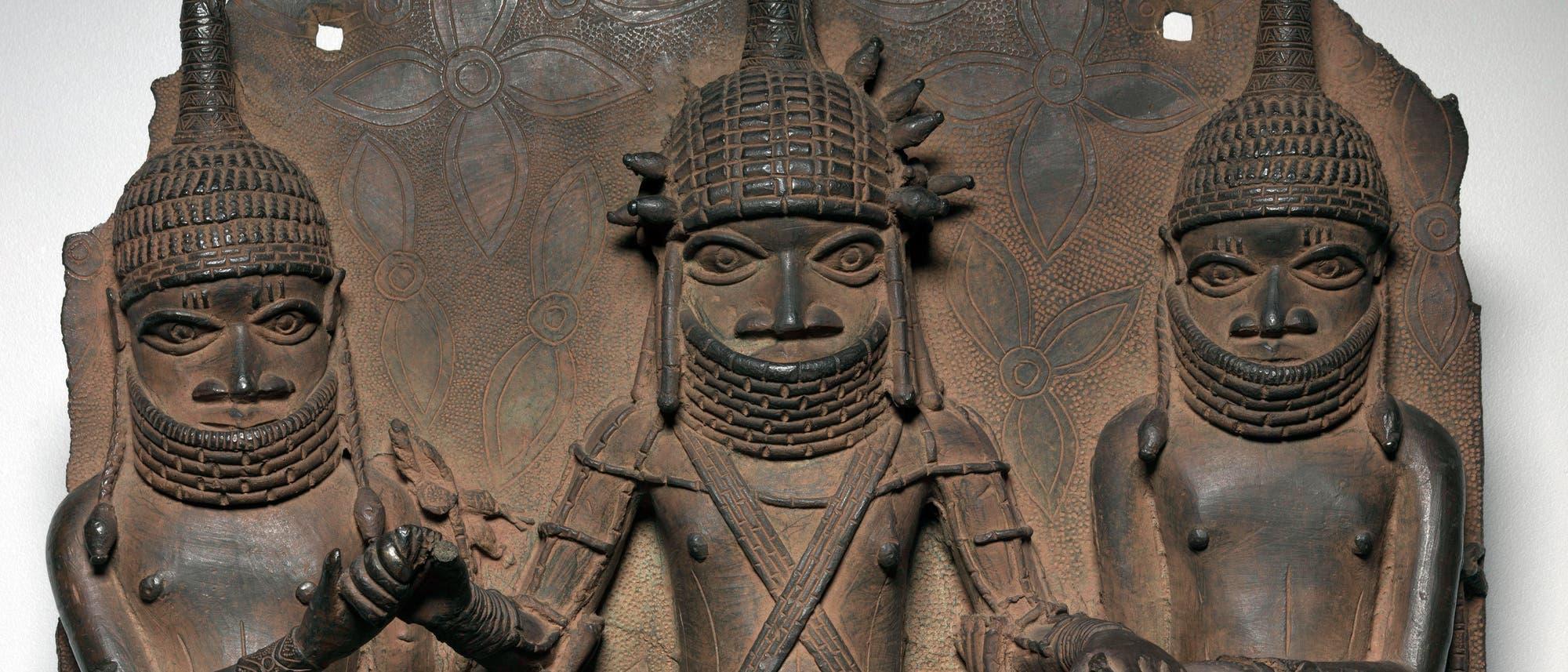 Bronzeplatte aus der Anfangszeit des Königreichs Benin