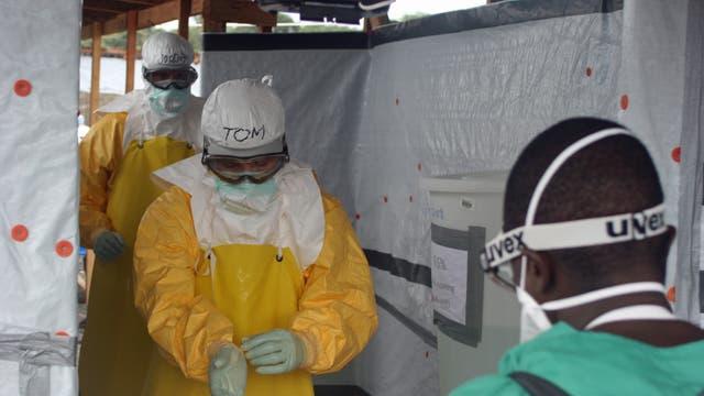Ausgang eines Ebola-Behandlungszentrums