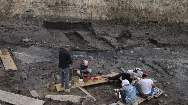 Ausgrabung auf dem ehemaligen Seeboden