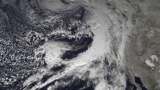 Sturmsystem vor der US-Westküste