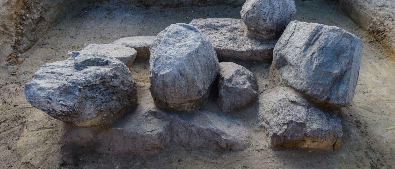 Doppelbestattung mit Steinsetzungen aus Mammendorf