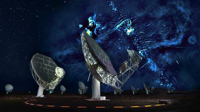 Schüsseln eines Radioteleskops vor einem Radiobild des Galaxienzentrums.