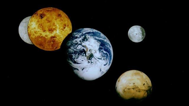 Merkur, Venus, Mars und Erde im Sonnensystem