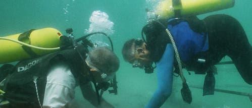 Unterwasserarchäologen vor Akko